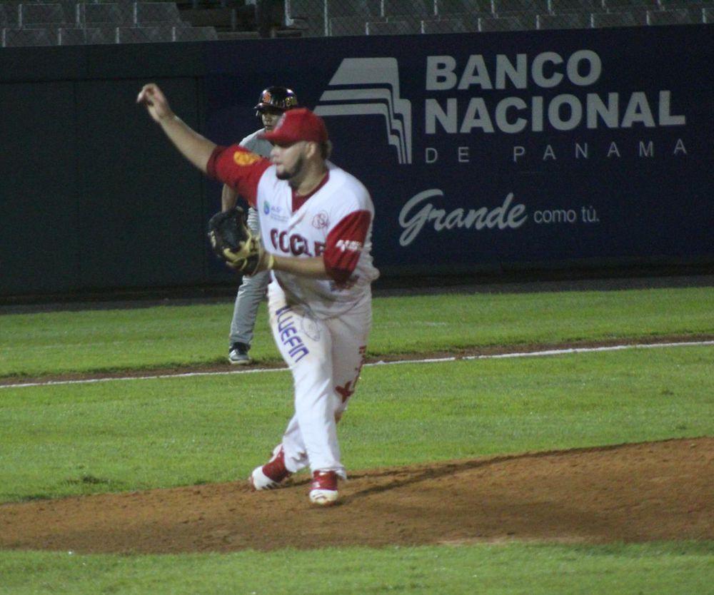 Coclé y Bocas ganan en cierre de la jornada del Béisbol Mayor