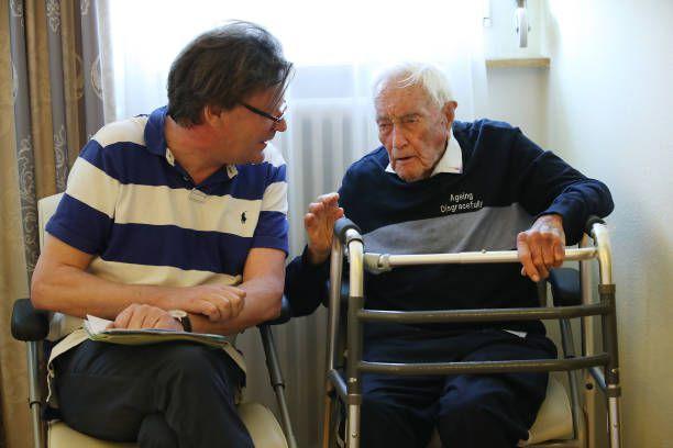 ¡CANSADO DE VIVIR! Científico de 104 años decide quitarse la vida