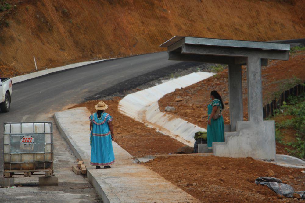 Humo blanco. Usuarios y transportistas en la comarca Ngäbe Buglé logran acuerdo temporal