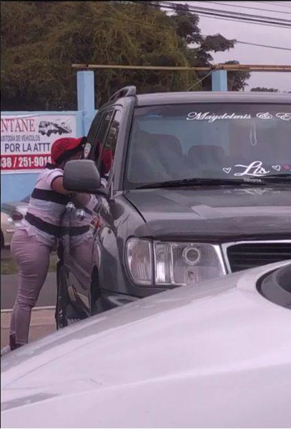 Captan a supuestos ladrones de autos en supermercado de Vista Alegre, Arraiján