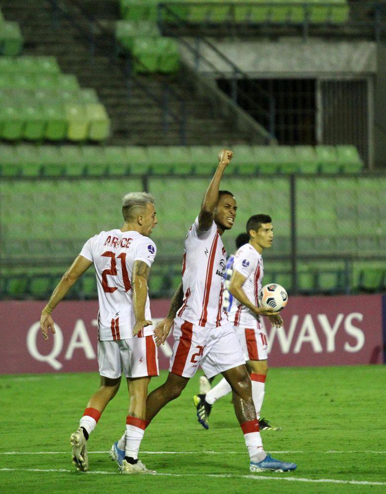 Alfredo Stephens clasifica a equipo venezolano a la fase de grupos de la Copa Sudamericana