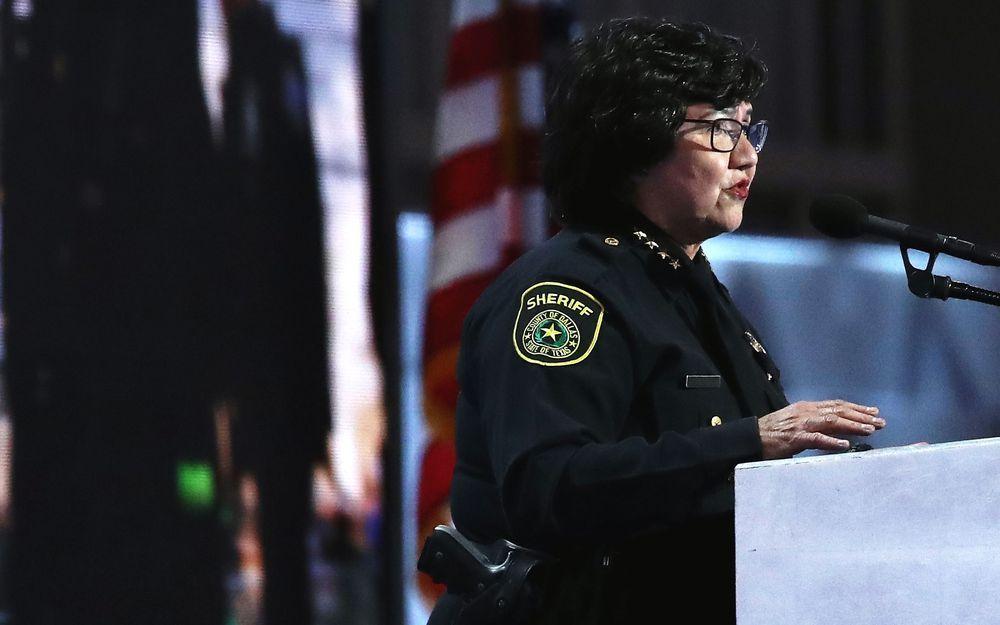 ¡Nueva pesadilla de Trump! Demócrata, latina, lesbiana y candidata a gobernadora