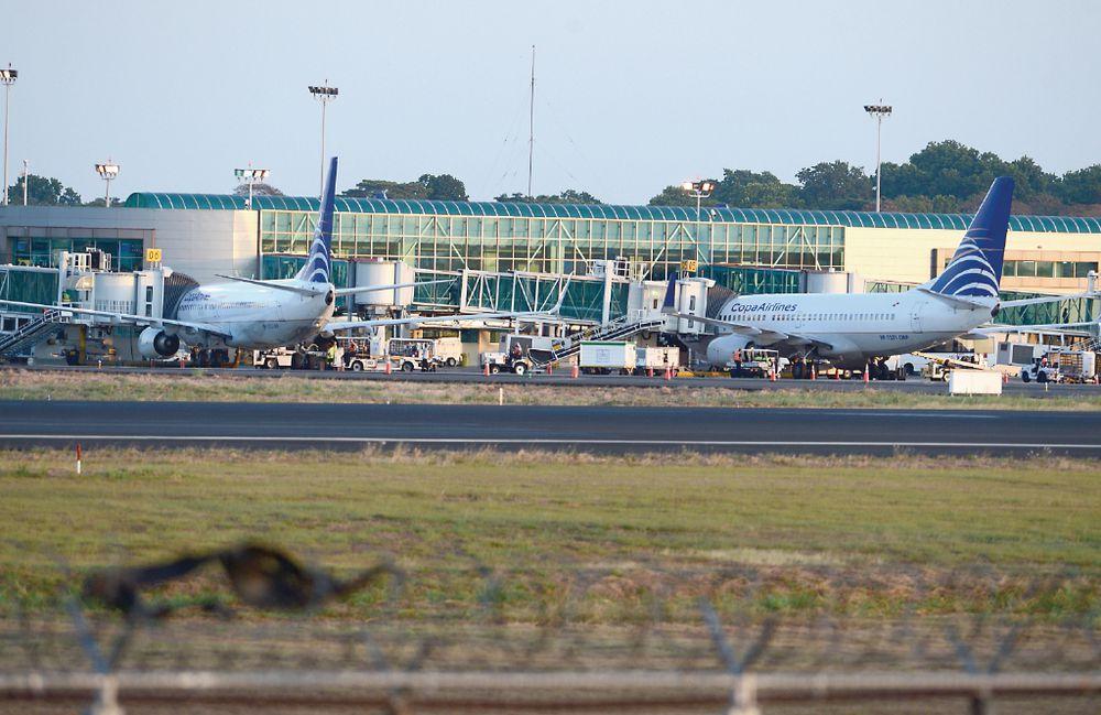 Aeropuertos están preparados para reabrir en los próximos días