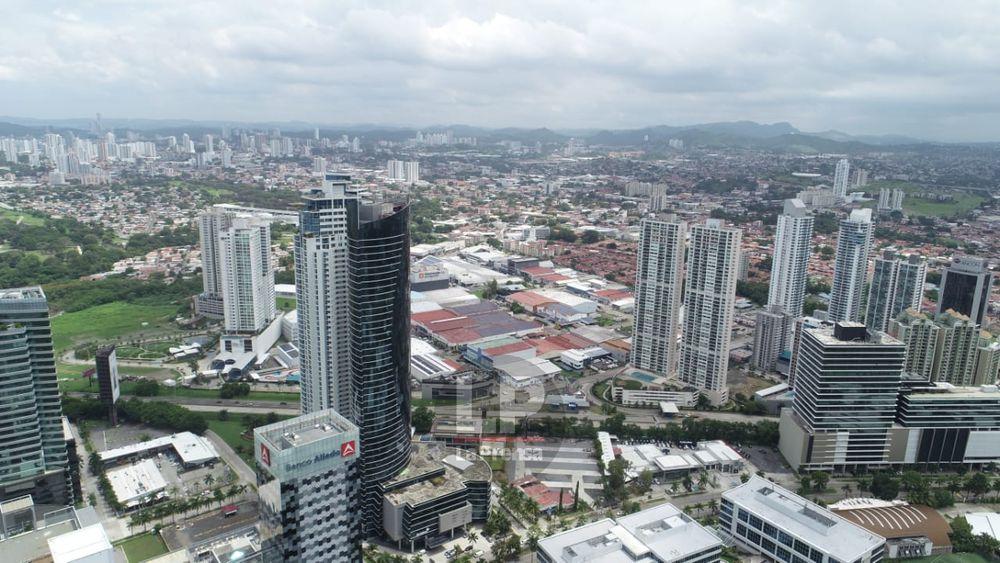 Banca panameña se mantiene fuerte pese a la pandemia por la covid-19