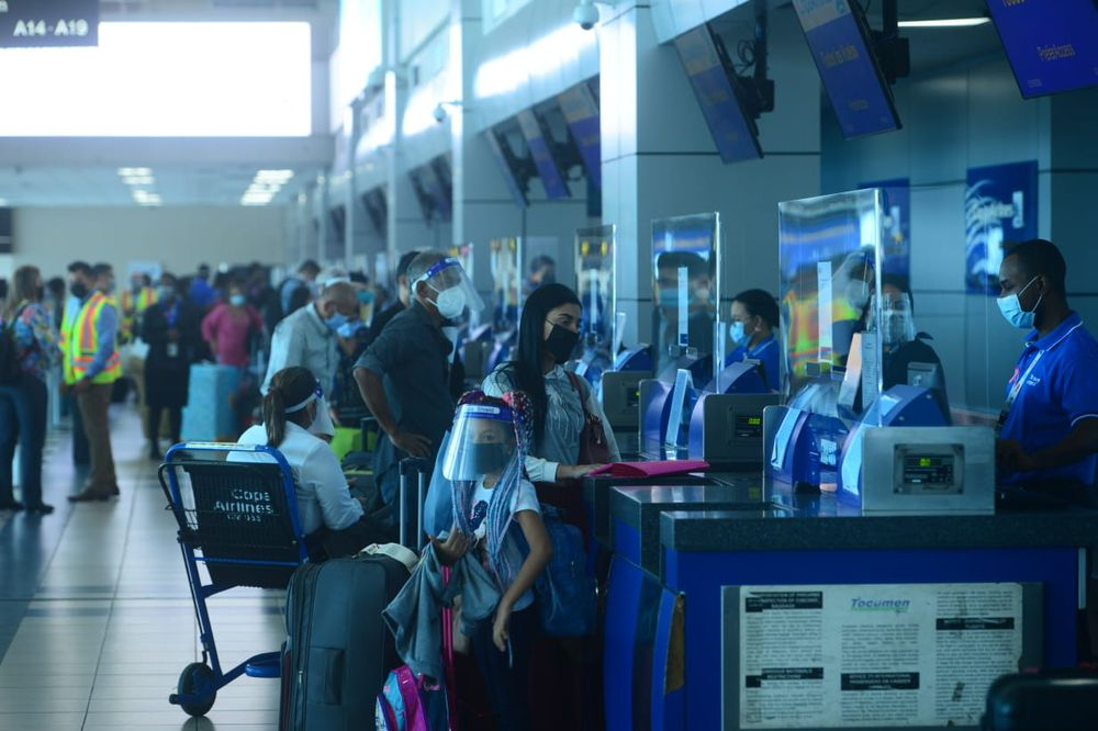 Caramba. Minsa detecta 383 personas positivas a la covid-19 en el aeropuerto de Tocumen
