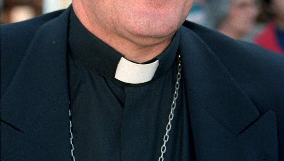 Obispos de EEUU aprueban texto papal que obliga al clero a señalar abusos sexuales