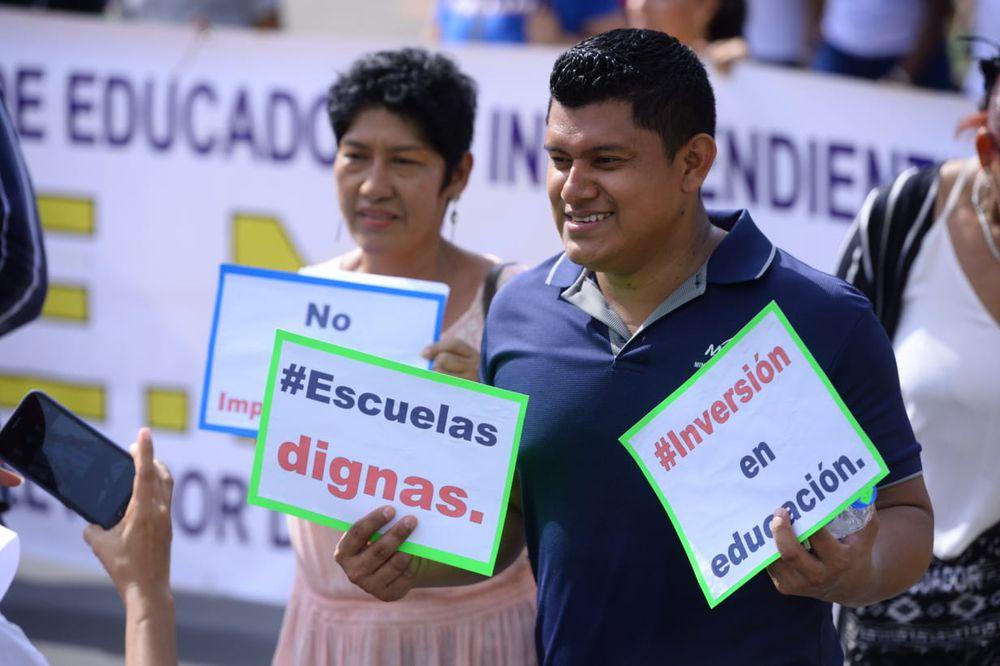 Docentes salen a la calle en su primera marcha con el Gobierno de 'Nito' Cortizo