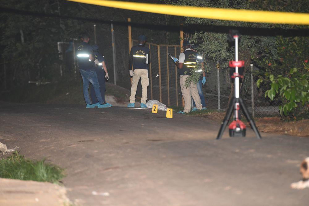 En Chilibre delincuentes mataron a un hombre durante el robo a una bodega