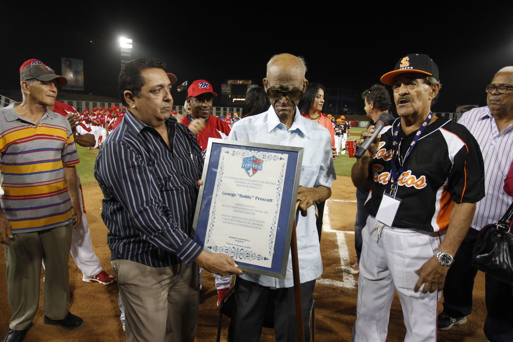 El béisbol panameño está de luto: 'Bobby' Prescott abandonó este mundo