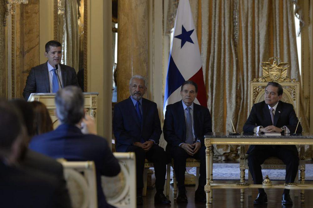 Nicolás González Revilla y Enrique Sánchez toman posesión como miembros de la Junta Directiva del Canal