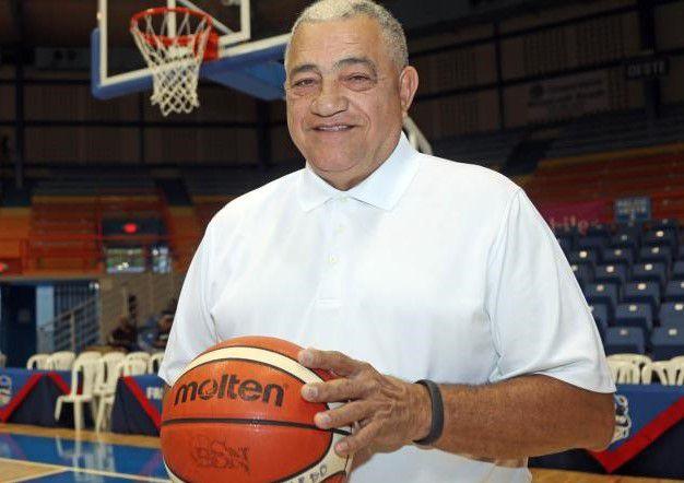 El técnico de baloncesto puertorriqueño Flor Meléndez contagiado de COVID-19 elsiglocomve
