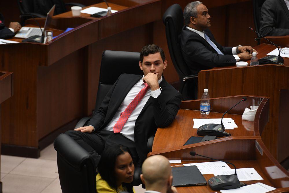 Busca acabar con privilegios y falta de transparencia en la Asamblea Nacional